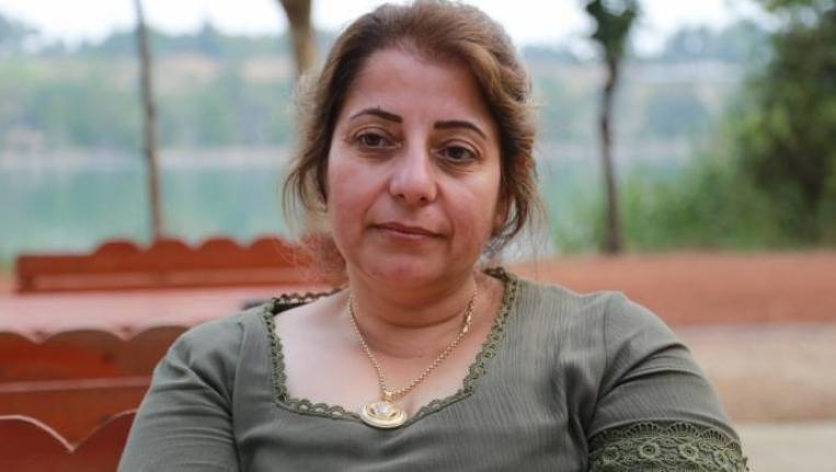 Avukat Sert: Nafaka tartışmalarıyla kadın kimliği yok edilmek isteniliyor