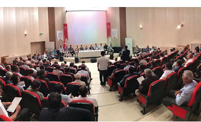 Van Büyükşehir Belediyesi Eşbaşkanı Mustafa Avcı, Erciş'te muhtarlarla bir araya geldi