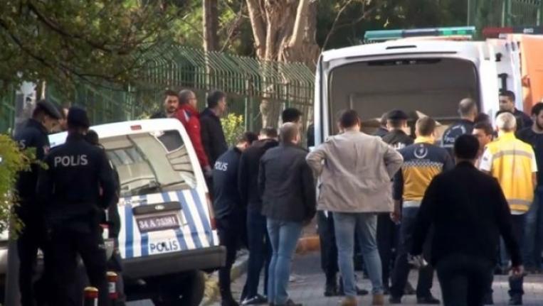 Bakırköy'de 1'i çocuk 3 kişinin cansız bedeninin bulunduğu evde siyanür tespit edildi