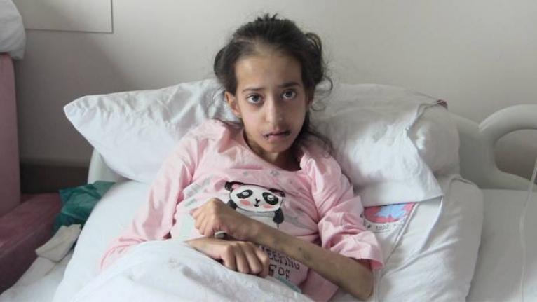 Van'da 13 yaşındaki Şükran için çağrı: İlik nakli için onay ve kan bağışı gerekiyor