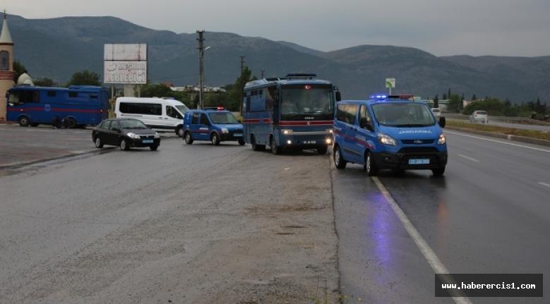 AİHM'in 'ihlal' kararına rağmen belediye eşbaşkanları başka kentlere sevk edildi