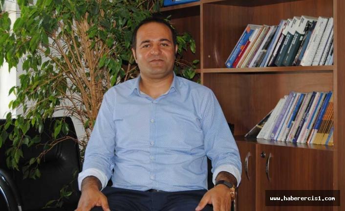 İHD Van Şube Başkanı Murat Melet'e Gözlemci olarak katıldığı yürüyüşten hapis cezası verildi