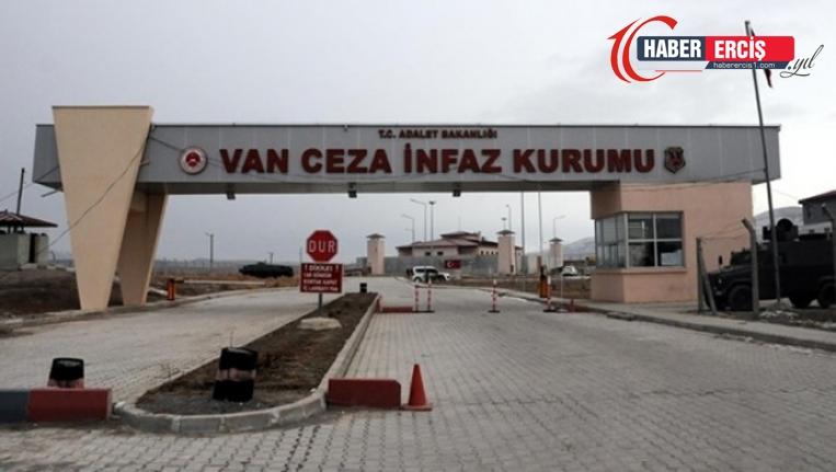 Van'da Tek kişilik hücreyi basan 10 gardiyan tutukluyu darp etti
