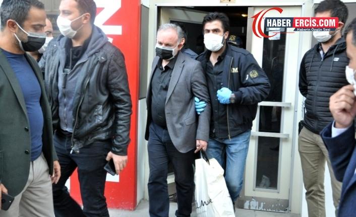 CHP heyeti Ayhan Bilgen'i ziyaret etti: Tek kişilik hücrede kalıyor