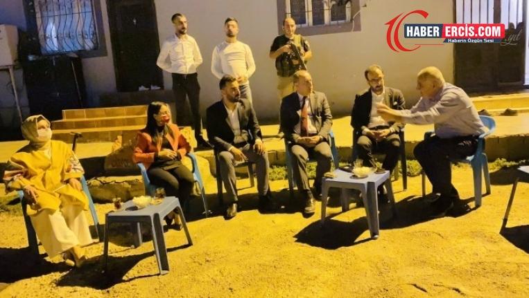 Elektrik sorununun çözümü için AKP'ye üyelik teklif ettiler