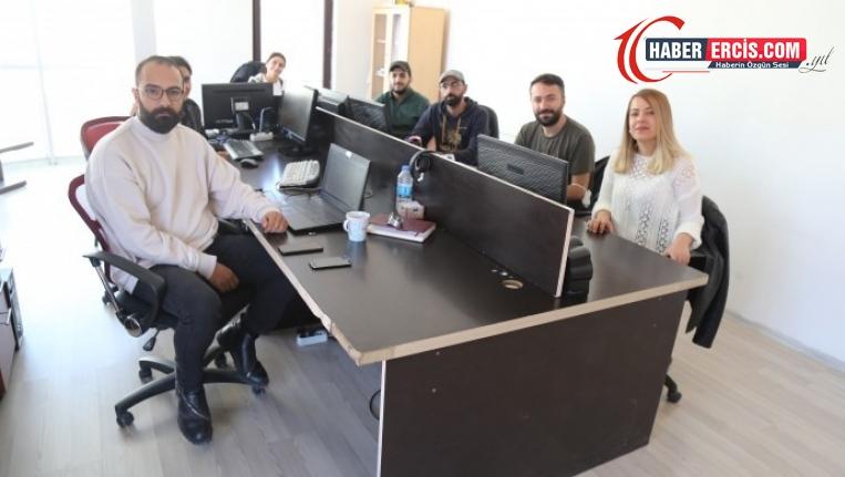 Van'da Gazetecilerden meslektaşlarına dayanışma ziyareti