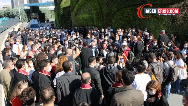 İstanbul Barosu'nun Genel Kurulu engellendi