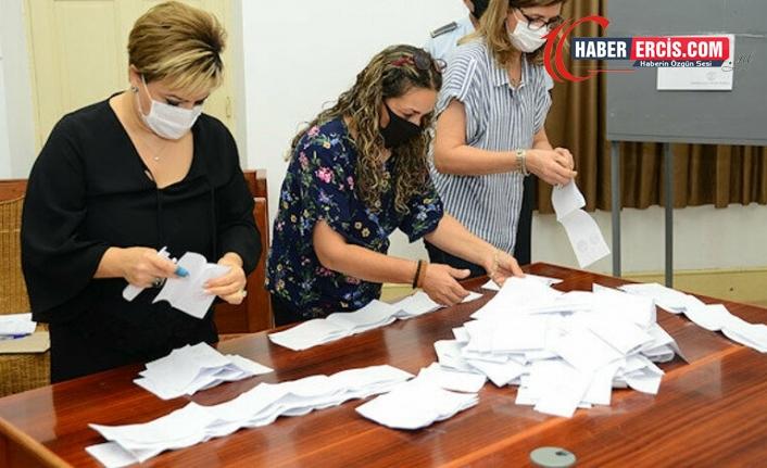 Kuzey Kıbrıs'ta seçimin ikinci turu için oy sayımına başlandı