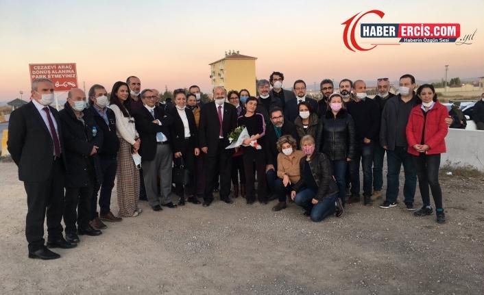 Gazeteci Müyesser Yıldız, tahliye oldu
