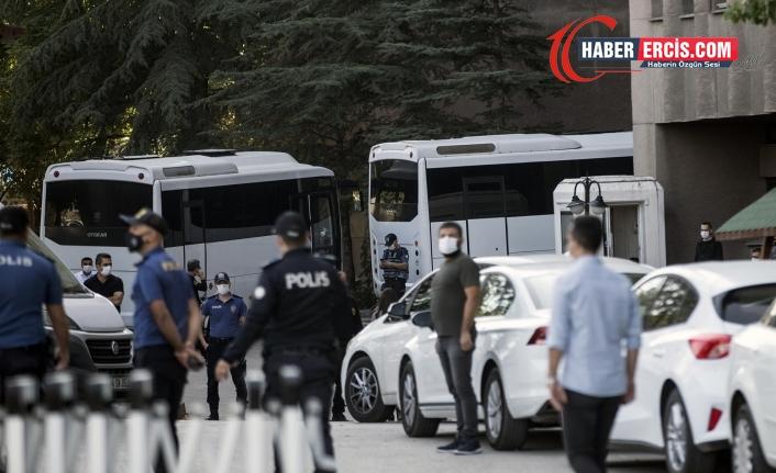 Gözaltındaki 51 kişinin ifadesi hala alınmadı