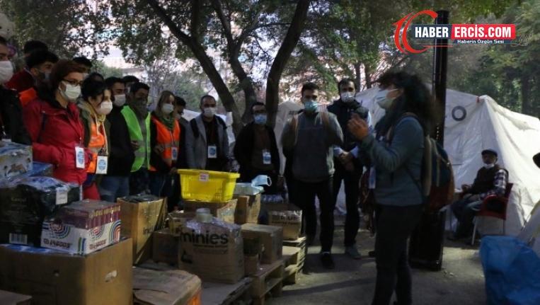 İzmir'de Müdahaleye uğrayan gönüllüler: Halkla dayanışma engellenemez