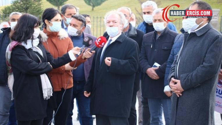 Traktörlerine ve tarlalarına haciz konulan çiftçiler Ankara'da