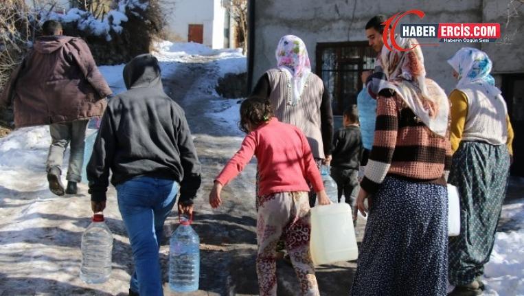 Van'da Mahallesindeki su sorununu anlatan muhtara soruşturma