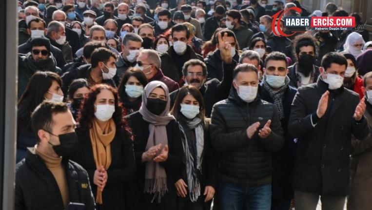 Van'da 'Yürüyüş' ifadesi veren eşbaşkanlar: Özgürlük birliğe bağlı
