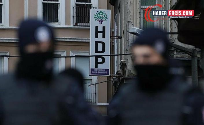 Aydın'da gözaltına alınan HDP'li kadınlara çıplak arama