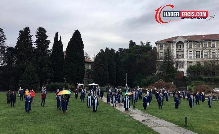 """Boğaziçi Üniversitesi'de Akademisyenlerin """"Kayyım rektör"""" protestosu 40'ıncı  gününde devam ediyor"""