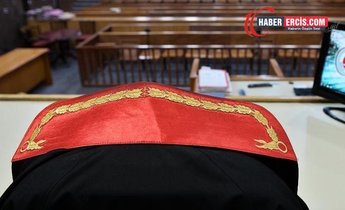 Dolandırıcı savcıya  6 yıl 9 ay hapis ve 22 bin 500 lira para cezası