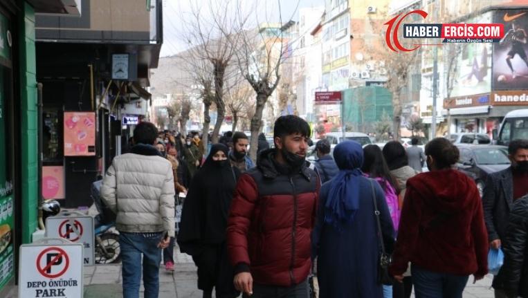 Van'da gençler kapı kapı iş arıyor