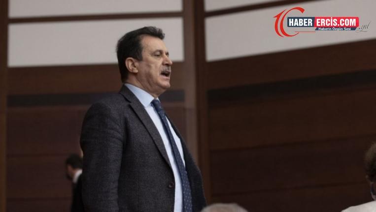 AKP'li eski vekil Aksoy: Kürtlerin partisini kapatmak çözüm değildir