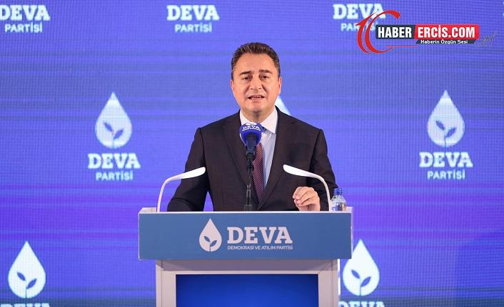 Babacan: Yandaşlar Erdoğan'ın manevralarına yetişmek için helak oluyor