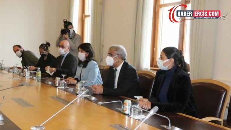 Buldan ve Sancar, AKPM Başkanı Daems ile görüştü