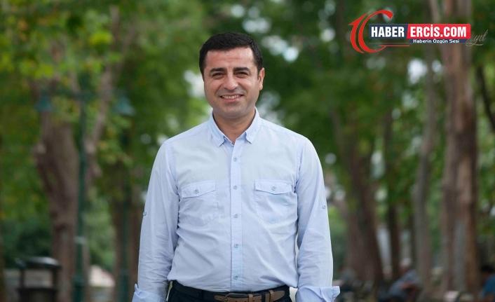 Demirtaş: HDP'yi kapatacaklarsa HDP ile birlikte AKP'yi de kapatmaları gerekir