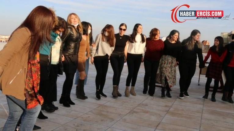 Diyarbakır'da 8 Mart şöleni: Kadın yaşamın kendisidir