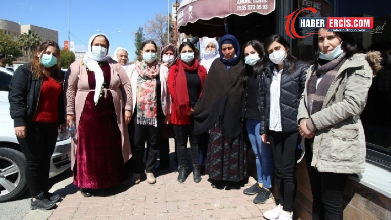 Şırnaklı kadınlar Emine Şenyaşar'ı ziyaret etti