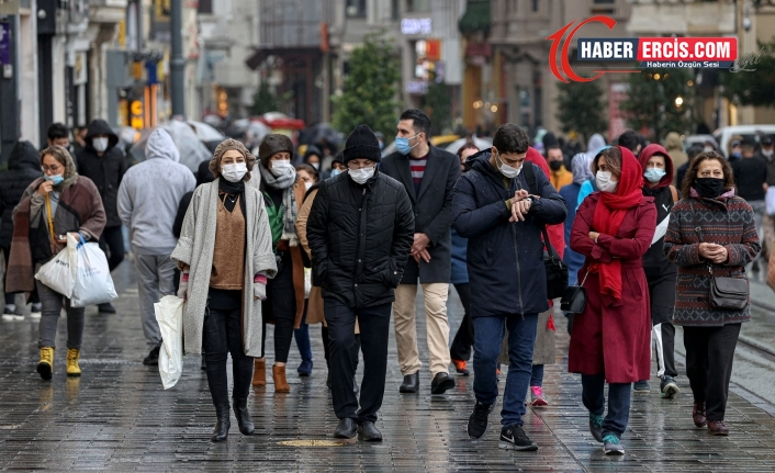 Türkiye'de Koronavirüsten kaynaklı günlük vaka ve can kayıpları artıyor