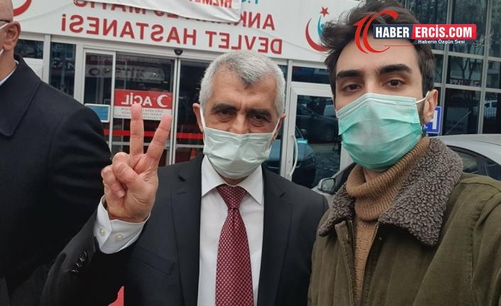 Gergerlioğlu'nun cezaevinde çektirdiği fotoğraflar sakıncalı denilerek basılmadı