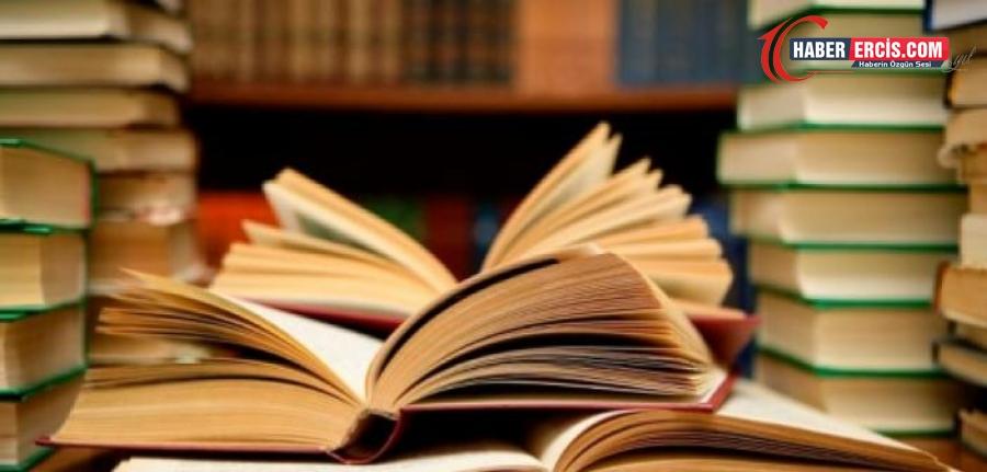 Kürtçe kitap ne demek? Kürtçe dergi nedir? Kürtçede kütüphane ne anlama geliyor? Kürtçe kitap okuyorum anlamı nedir?