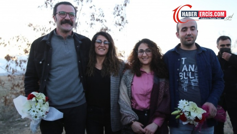 Van'da Cezaevinden çıkan gazeteciler: Dayanışma kazandı