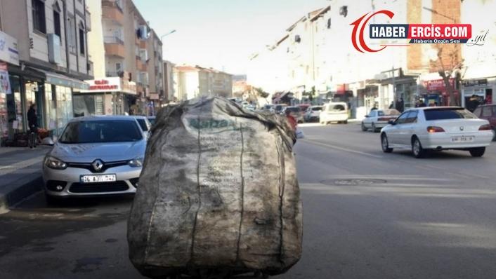Van'da sokaklarda sabahtan akşama kadar kağıt toplamanın kazancı 40 TL!