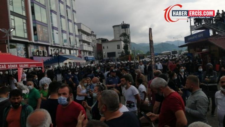 Hopa'da çay üreticilerine polis müdahalesi