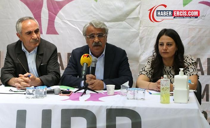 Van'da konuşan Sancar: İktidar ortaklarını bir arada tutan temel harç Kürt düşmanlığıdır