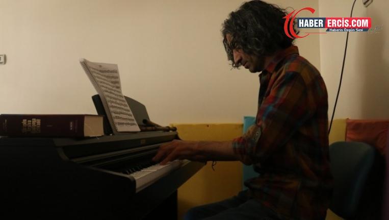 Van'da Müzisyenler: Çözüm için kolektif dayanışma