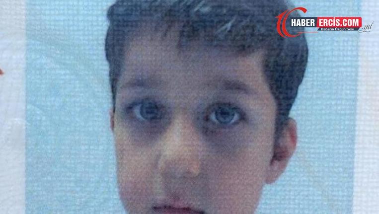 Belediye otobüsünün çarptığı 8 yaşındaki çocuk yaşamını yitirdi