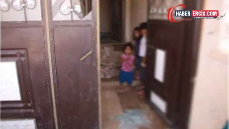 Ev baskınında hamile kadın silah dipçiğiyle darp edildi