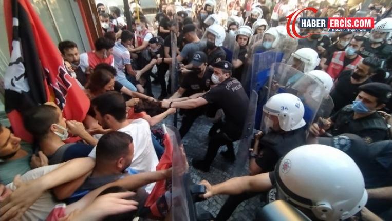 Ankara İstanbul ve İzmir'de Suruç anmasında gençler darp edildi