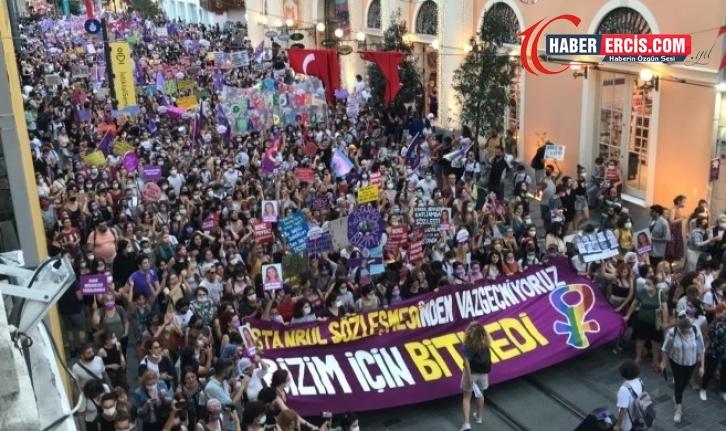 Kadınlar İstiklal Caddesi'nde yürüdü: Bizim için bitmedi