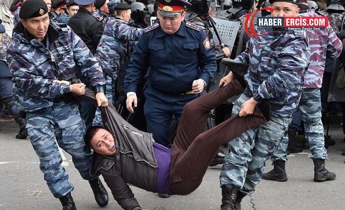 """Kazakistan'da rejim, muhaliflerini """"aşırıcılık"""" suçlamasıyla baskı altına alıyor"""