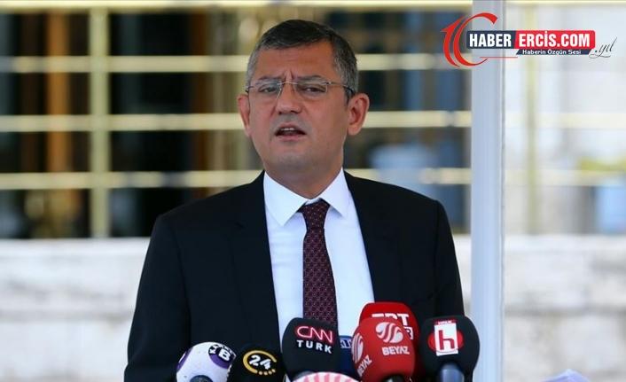 Özel'den AKP'li Çelik'e: Biraz edepli olun! meydanı boş bulmuş sallıyor da sallıyor