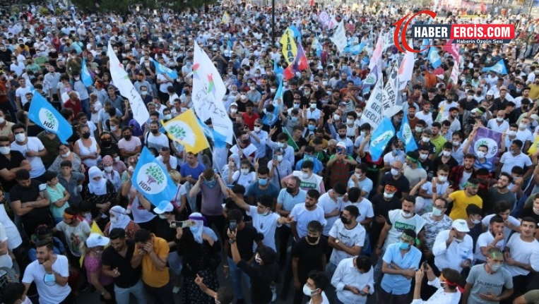 Binler Esenyurt'ta: HDP halktır, halk burada
