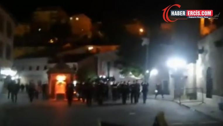 Bitlis'te esnafa polis saldırısı: En az 70 gözaltı