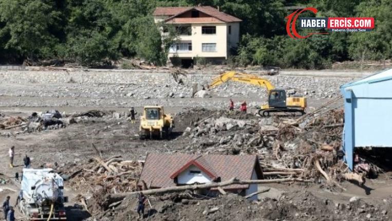 Bozkurt'ta çöken apartmanın müteahhidi gözaltına alındı