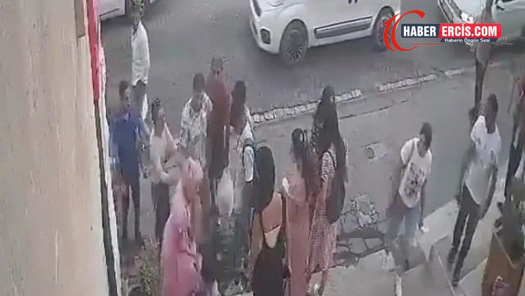 Mardin'de esnaf bir çocuğu darp etti