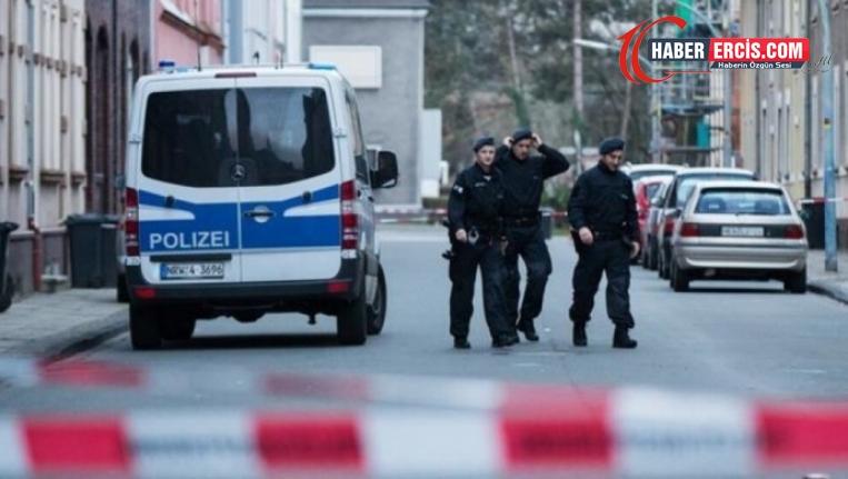 Almanya'da dernek ve Kürtlere ait evlere polis baskını