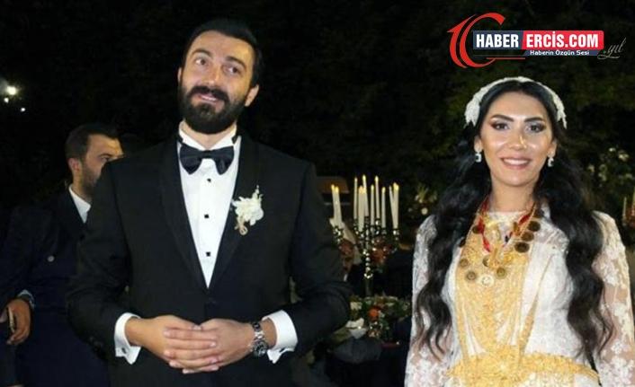 Bu düğünde 2 milyon lira ve 4 kilo altın takıldı