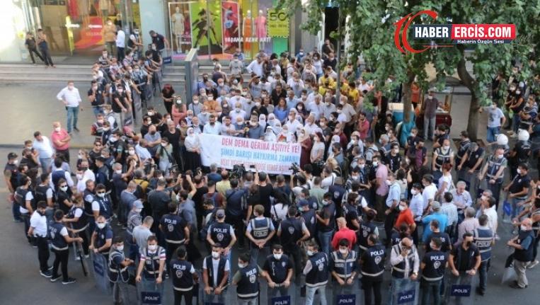 Diyarbakır'dan barış çağrısı: İmralı'daki sese kulak verilmeli