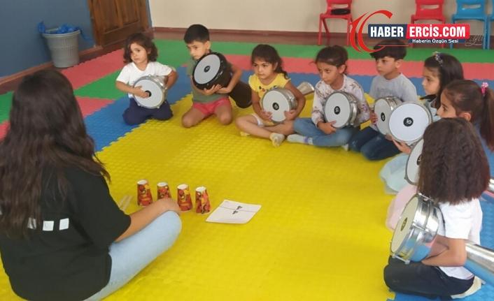 Van'da Aryen geleceğin Kürt sanatçılarını yetiştiriyor